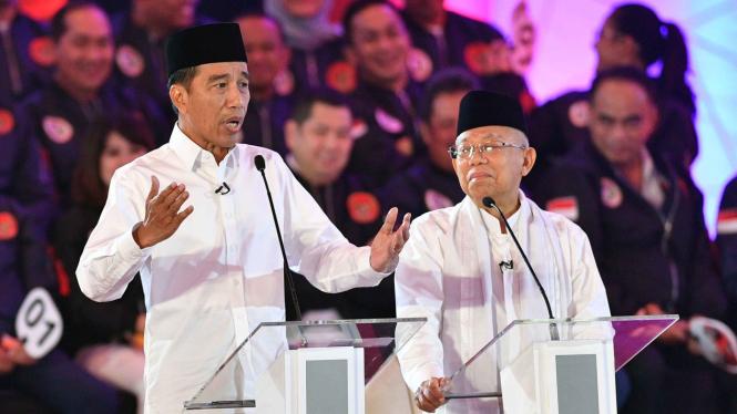 Ma'ruf Amin Irit Bicara Saat Debat, Jokowi: Diam Bagaimana?