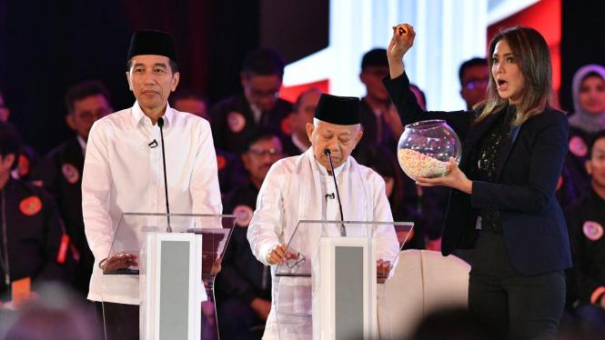 Tutup Debat Perdana, Jokowi: Kami Tak Punya Potongan Diktator