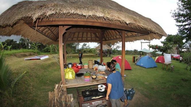 Keseruan Bermalam Di Rangkung Hill Bali