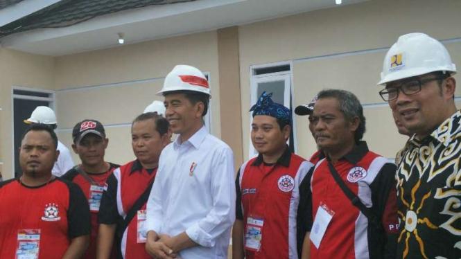 Bangun Perumahan Pemangkas Rambut, Jokowi: Komunitas Lain Bisa Ajukan