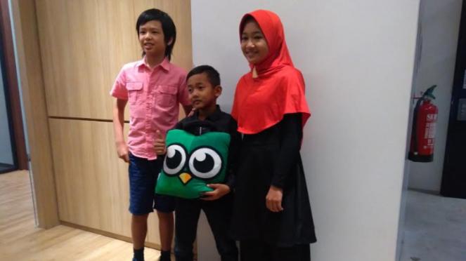 Tiga anak berbakat teknologi dalam acara Tokopedia