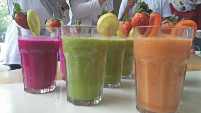 Penyajian jus buahs