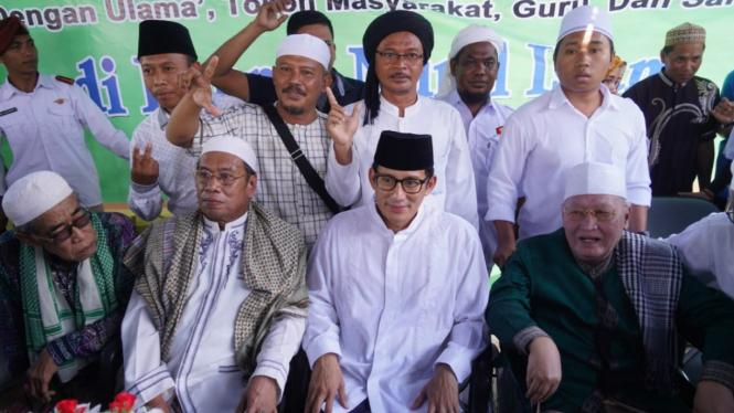 Di Sumenep, Sandi Cerita Soal Salahuddin Al Ayubi Ke Pimpinan Ponpes