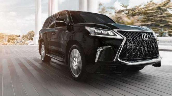 Lexus 570 Sport resmi meluncur di Indonesia.