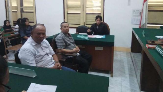 Mantan Bupati Tapanuli Tengah Sukran Jamilan Terancam 3 Tahun Penjara