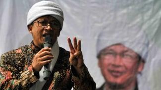 Pimpinan Pondok Pesantren Daarut Tauhid, Bandung KH Abdullah Gymnastiar atau Aa Gym.