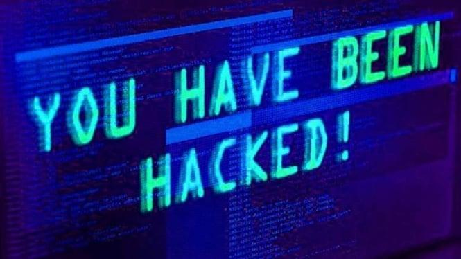Serangan hacker.