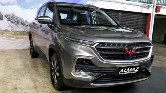 SUV Wuling Almaz resmi meluncur di Indonesia.