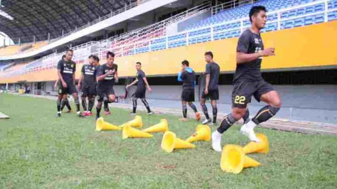 Pemain Sriwijaya FC latihan