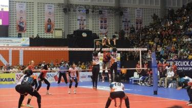 Pertandingan Jakarta BNI 46 vs Pertamina Energi di seri ketiga Proliga 2019