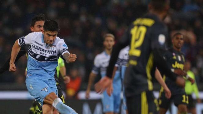 Duel Lazio vs Juventus.