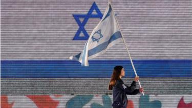 https://thumb.viva.co.id/media/frontend/thumbs3/2019/01/28/5c4e66c297821-gara-gara-tolak-atlet-israel-malaysia-dicoret-jadi-tuan-rumah-kejuaraan-renang-difabel_375_211.jpg