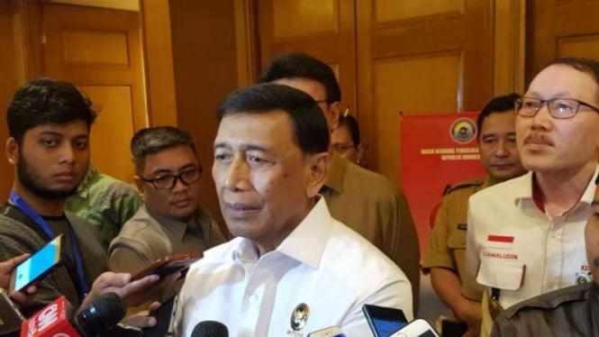 Menko Politik Hukum dan HAM Wiranto.