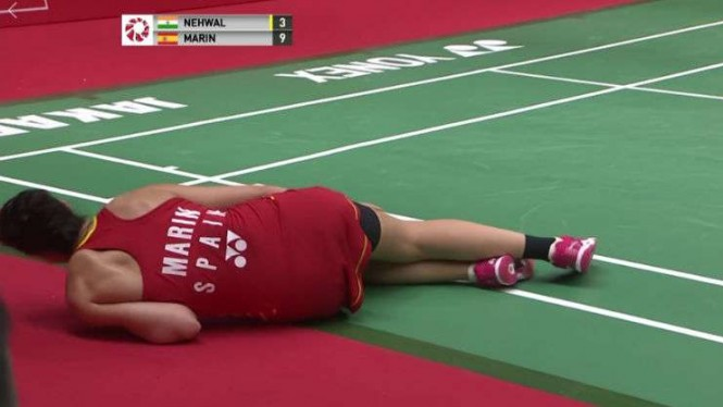 Juara dunia Carolina Marin tumbang di Senayan.