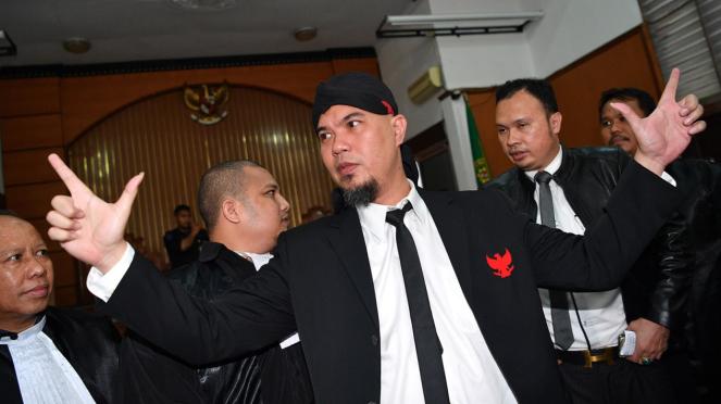 Ahmad Dhani Divonis 1,5 Tahun Penjara