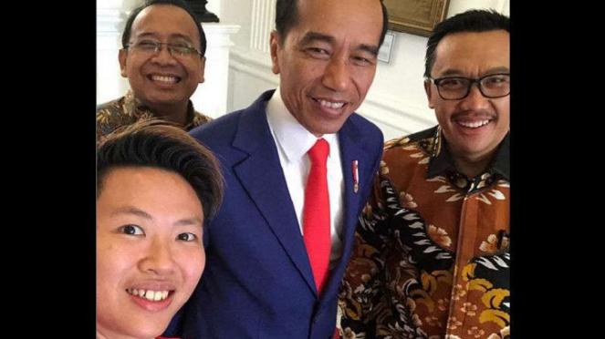 Liliyana Natsir dan Presiden Joko Widodo.
