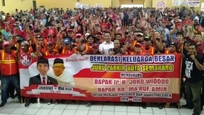 Ribuan juru parkir di Semarang deklarasi dukung Jokowi-Ma'ruf