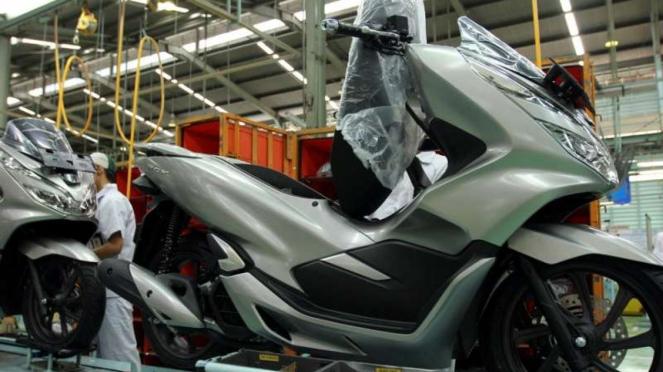 Proses produksi motor Honda PCX 150