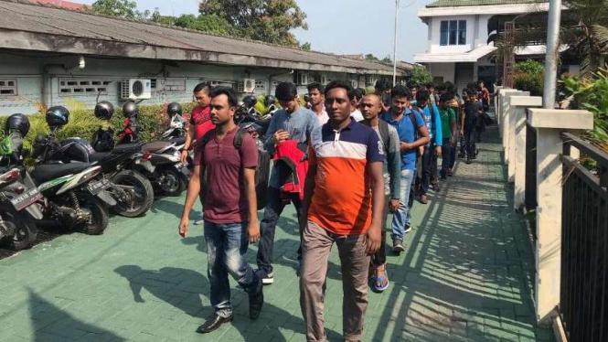 193 Wna Bangladesh Ditemukan Terlantar Dan Kelaparan Di Medan