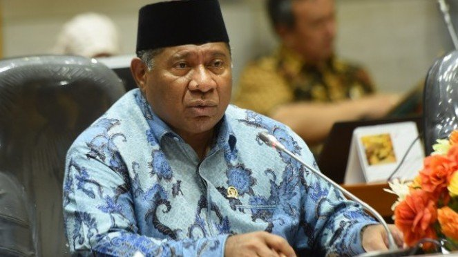 Anggota DPR RI Fraksi Partai Amanat Nasional, Ali Taher Parasong