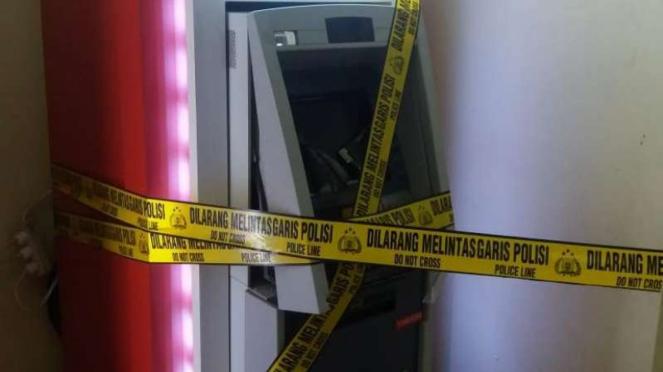 Mesin ATM disegel Garis Polisi (Ilustrasi)