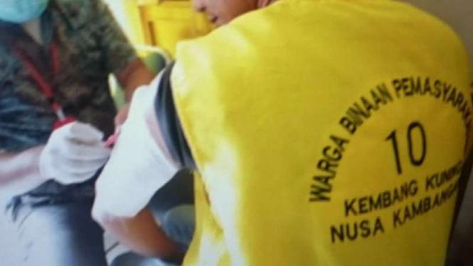 Narapidana Nusakambangan hapus tato.
