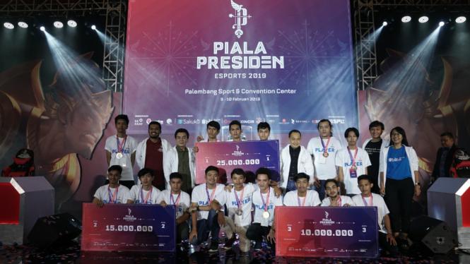 Pemenang Piala Presiden Esports 2019 regional Palembang