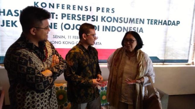 Konferensi pers perspsi konsumen atas ojek online