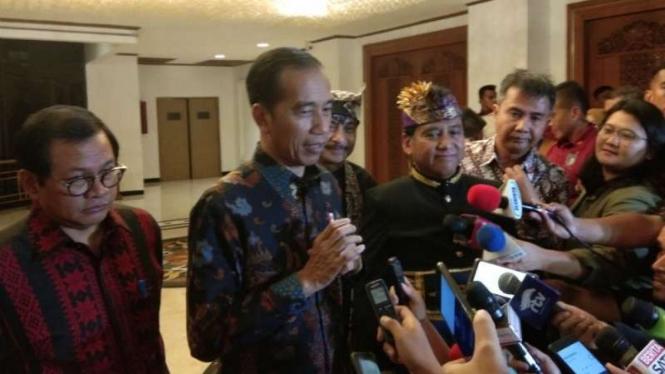 Presiden Joko Widodo usai menghadiri acara Rakernas IV PHRI