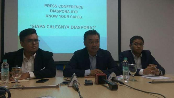 Dino Patti Djalal (tengah) di Konferensi Pers Diaspora KYC.