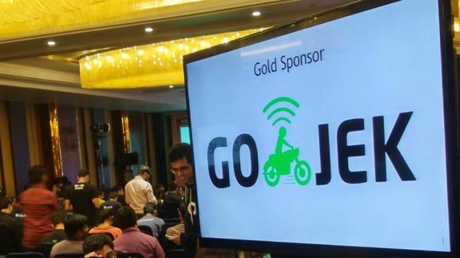 Logo Gojek.