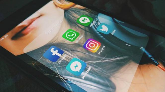 Ilustrasi sejumlah ikon media sosial.