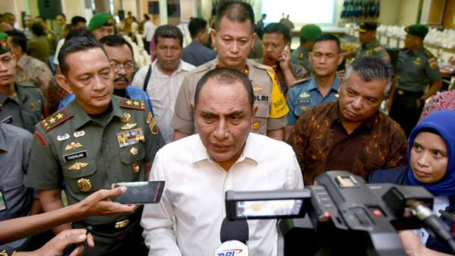 Gubernur Sumatera Utara Edy Rahmayadi usai Rapat Koordinasi Persiapan Pemilu 2019 di kantor Gubernur, Medan, pada Jumat, 15 Febuari 2019.