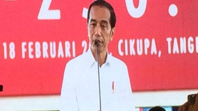 Lepas Kontainer Mayora ke Filipina, Jokowi: Ekspor Kunci ...