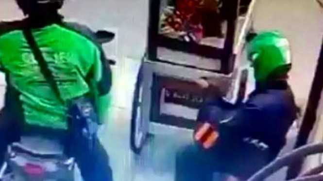 Pencurian tabung gas oleh oknum ojol