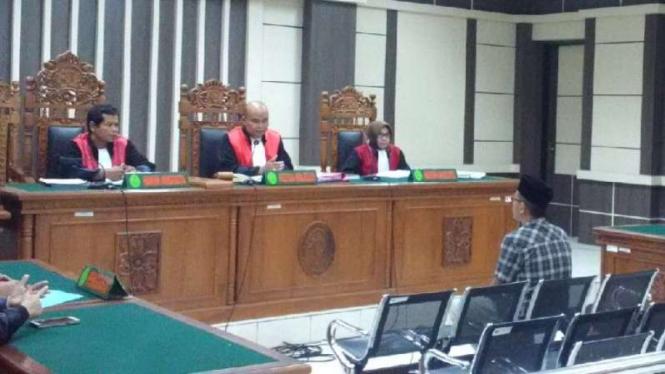 Pegawai Pembobol Bank Jateng Divonis 6,5 Tahun Penjara
