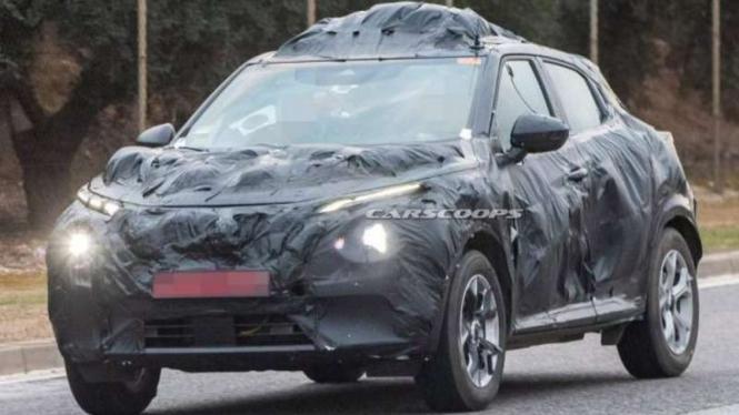 Nissan Juke terbaru terus diuji coba.