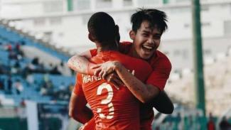 Pemain Timnas U-22, Marinus Wanewar dan Witan Sulaiman