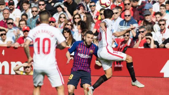 Duel Sevilla vs Barcelona.