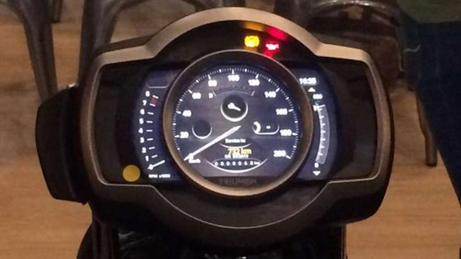 Panel instrumen Triumph Scrambler 1200 XE
