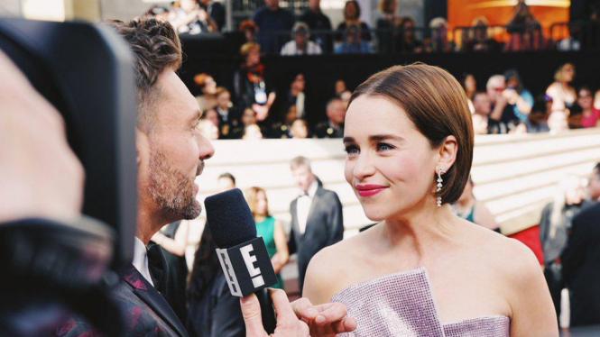 Ryan Seacret dan Emilia Clarke