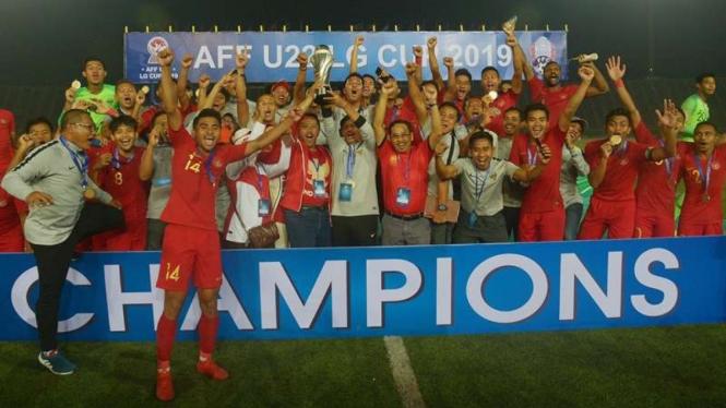 Timnas U-22, Sejarah Asia Tercipta di Tengah Prahara