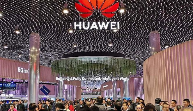 https://thumb.viva.co.id/media/frontend/thumbs3/2019/02/27/5c75e8fdacb03-huawei-di-mobile-world-congress-2019_663_382.jpg