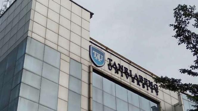 Tanri Abeng University.