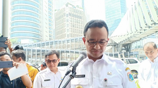 Gubernur DKI Jakarta Anies Baswedan meresmikan tiga JPO baru di Jakarta