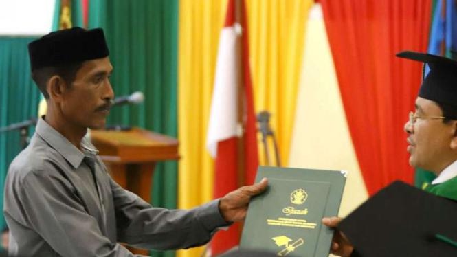 Wisuda Universitas Islam Negeri Arraniry.