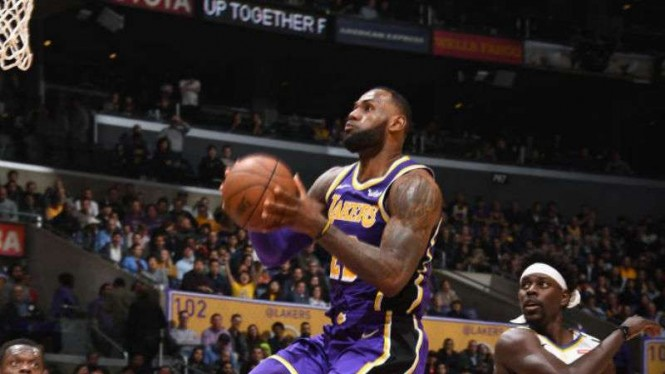 Power forward LA Lakers, LeBron James.