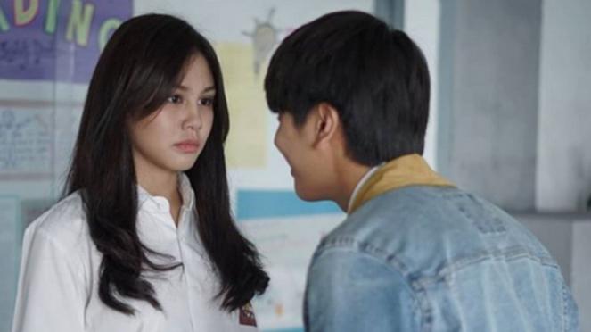 Dilan dan Milea di film Dilan 1991.