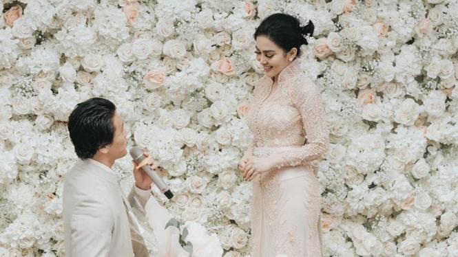Foto Pernikahan Syahrini Dan Reino Barack Belum Boleh