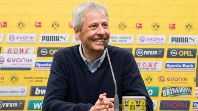 Pelatih Borussia Dortmund, Lucien Favre.